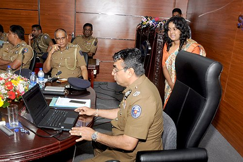 Sri Lanka : Sri Lanka Police launch service to obtain