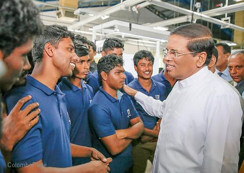 unemployment problem in sri lanka November 1999 unemployment in sri lanka is largely voluntary the underlying  problem is not a shortage of jobs but the artificial gap between good jobs and.