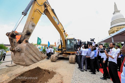 Sri Lanka : Construction of first elevated highway from